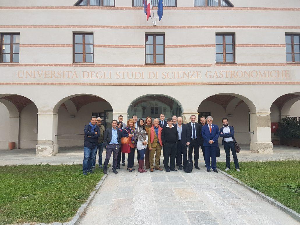 Delegazione del governo di cordoba in visita alluniversità di